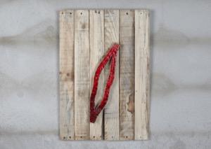 Ferida sobre fusta. 2017